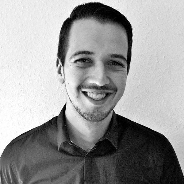 Simon Fischer - NEW PRESENTER